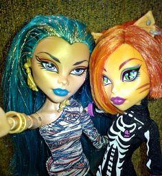 Monster High Toralei and Nefera