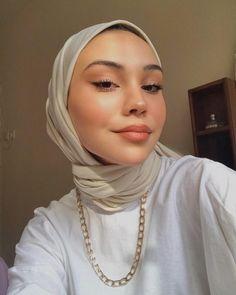 Modest Fashion Hijab, Casual Hijab Outfit, Muslim Fashion, Hijab Styles, Hijab Style Tutorial, Head Scarf Styles, Hijab Fashion Inspiration, Hijabi Girl, Beautiful Hijab