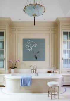 #inspiration #interiordesign #luxury #mouldings #decoration #bathroom