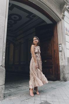 Salvatore_Ferragamo-Edgardo_Osorio_for_Ferragamo_Shoes_Collection-Nude_Dress-Dot_Sandals-Outfit-Collage_Vintage-1 waysify