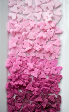 learn how to make these sugar ombre hearts for any special occasion ❤  www.weddingchicks.com/2012/01/27/diy-ombre-sugar-hearts/