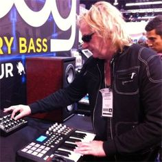 Geoff Downes, one of the best keyboard player in the rock history ( BUGGLES, ASIA, YES) with his Chronowear biker blouson Daytona at NAMM !!