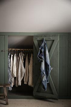 Home Interior Simple .Home Interior Simple Attic Wardrobe, Attic Closet, Attic Bedrooms, Closet Bedroom, Small House Decorating, Attic Remodel, Attic Spaces, Home Decor Kitchen, Cheap Home Decor