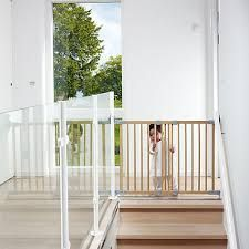 Baby Safety Gates Buying Guide. Not quite sure how to pick baby safety gates? No worries, Here's 5 tips to help you choose and buy the best baby gate for your home!
