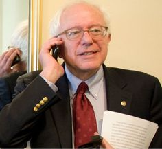 Bernie Sanders Is Personally Calling Democrats To Reassure Them On Party Unity Hillary Rodham Clinton, Somali, Young Ones, Political Views, Bernie Sanders, Black History, Unity, Donald Trump, Virgos