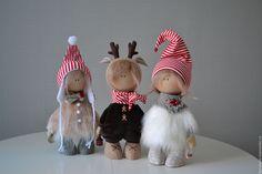 Купить или заказать Новогодние гномики в интернет-магазине на Ярмарке Мастеров. Новый год к нам мчится, скоро все случится ! Три сестренки гномочки. Цена одного гнома 4000, если купить трех вместе 10000.