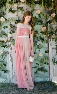 Vestido de fiesta coral