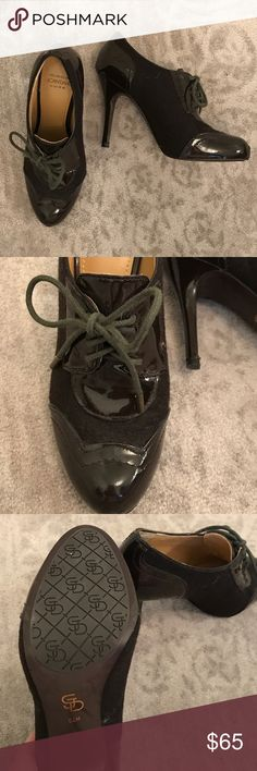 New Joan & David laced heels brown 5.5 Very dark brown (almost black) like new lace up oxford heels size 5 ½ by Joan & David.  Two toned: tweed and patent leather. Joan & David Shoes
