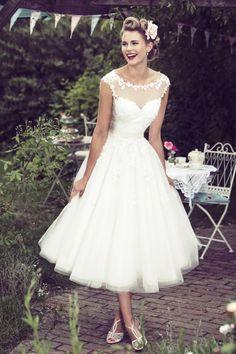 b81214fcaecb 7 Best mywedannvi images   Alon livne wedding dresses, Bridal gowns ...