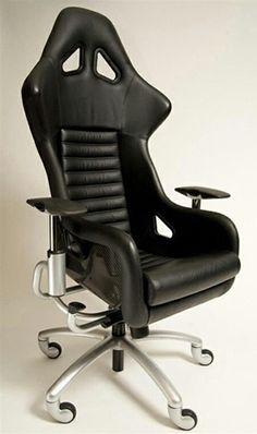 Sports car chair
