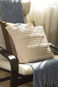 Creative Company | Fresh crochet – Reversible cushion