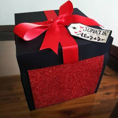 Tutoriales Bricolage, manualidades e ideas Page Decoration, Magic Box, Boyfriend Anniversary Gifts, Candy Bouquet, Ideas Para, Thankful, Gift Wrapping, Valentines, Ideas Hogar