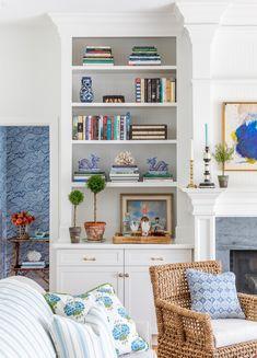 Built In Shelves, Built Ins, Interior Photo, Interior Design, Cottage Living Rooms, Living Spaces, Custom Home Builders, Bookshelves, Bookshelf Styling