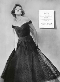 lace Chanel dress from 1954. #vintage fashion #1950s