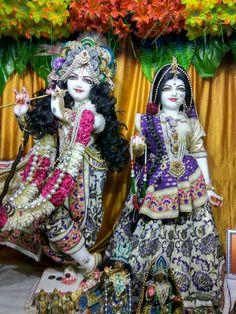 Jai Shree Krishna, Radha Krishna Photo, Krishna Photos, Krishna Images, Hare Krishna, Radha Kishan, Bal Gopal, Krishna Janmashtami, Radha Krishna Wallpaper