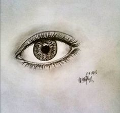 eye pencil drawing by @maggie_creates_