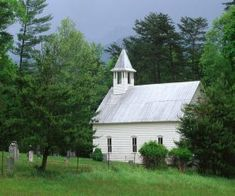 Church in Cade's Cove - Great Smoky Mountains National Park Smoky Mountains Tennessee, Great Smoky Mountains, East Tennessee, Old Country Churches, Old Churches, Cades Cove, Church Building, All Nature, Place Of Worship