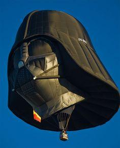 Star Wars in the sky... Lord Vader globo aerostatico