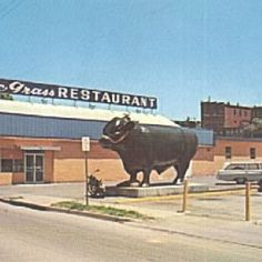 I forgot all about this bull until I saw the photo. Thanks for sharing and bringing back a flood of memories! Clark County, My Old Kentucky Home, Back In The Day, Things To Know, Historical Photos, Back Home, Small Towns, Winchester, Old Houses