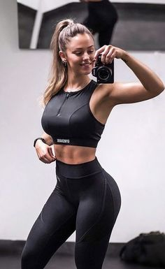 Womens Workout Outfits, Sport Outfits, Athletic Outfits, Looks Pinterest, Model Training, Muscle Training, Modelos Fitness, Estilo Fitness, Yoga Pants Girls