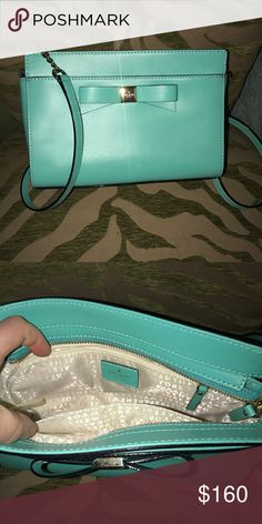 Kate Spade crossbody Teal Kate Spade crossbody ♠️ new never used no tags! Has gold hardware kate spade Bags