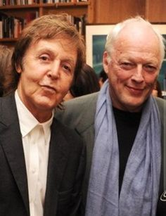 Paul McCartney and David Gilmour . The Beatles & Pink Floyd! Rap, Paul Mccartney, Music Love, Rock Music, Rock Roll, Pulp Fiction, Rock Internacional, David Gilmour Pink Floyd, Photo Souvenir