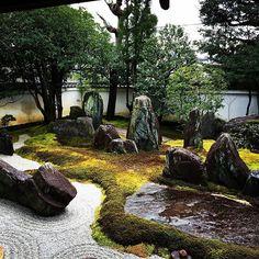 private garden of #mireishigemori #karesansui