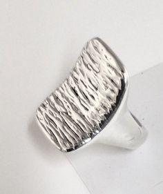 Sterling Silver Hollow Wavy Textured Ring  Size 9  R092901 #Unbranded #Bohemian