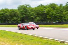 #Ferrari #250 Breadvan vs Alfa Romeo au Grand Prix de l'Age d'Or. #MoteuràSouvenirs Reportage complet : http://newsdanciennes.com/2016/06/06/jolis-plateaux-beau-succes-grand-prix-de-lage-dor-2016/ #ClassicCar #VintageCar