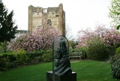 Alice Through the Looking Glass and Guildford Castle, Guildford   Surry