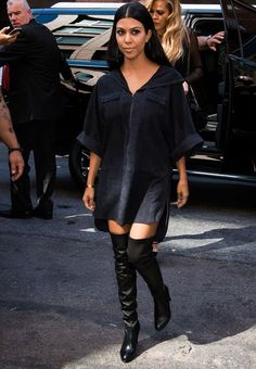 Kourtney Kardashian look shirt dress over the knee