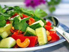 Thai Salad with Cashews and Lots of Crunch!