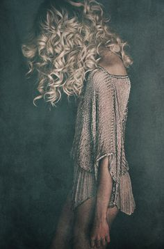 wild blonde curls ☆