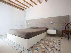 1900: Montaner Azul y Valvanera Celeste - 20x20cm.   Floor Tiles - Wall tiles, porcelain tiles and floor tiles projects   Vives Ceramic and Porcelain Tiles