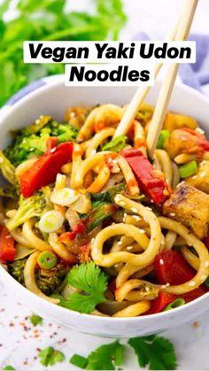 Veggie Recipes, Asian Recipes, Whole Food Recipes, Vegetarian Recipes, Healthy Recipes, Yaki Udon, Vegan Meal Plans, Vegan Dinners, Vegetarian
