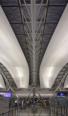 Kansai International Airport, Osaka, Japan | Architect: Renzo Piano 関西国際空港