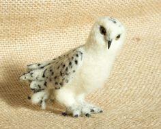 Apollo the Snowy Owl: Needle felted animal sculpture