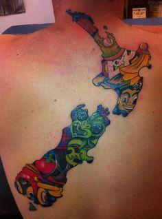 That's kiwiana hard! Maori Tattoos, Key Tattoos, Sleeve Tattoos, Cool Tattoos, Skull Tattoos, Tatoos, New Zealand Tattoo, New Zealand Art, Island Tattoo