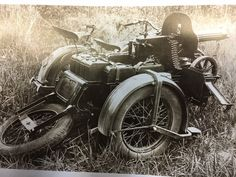 Military motorcycle PMZ-A with a Maxin machine gun . Super 4, Military Operations, Red Army, Military Equipment, World War I, Warfare, Military Vehicles, Ww2, Guns