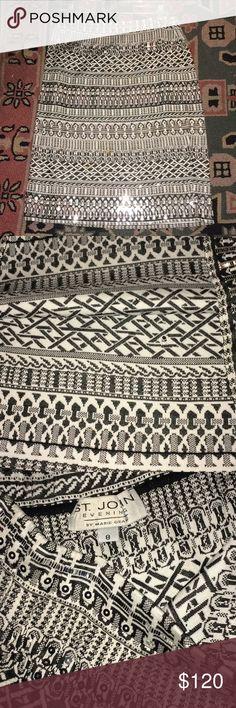 St John beautiful and elegant skirt St. John skirt with beautiful silver sequins and black and white St. John Skirts Midi