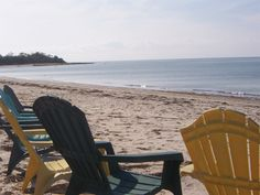 78-B - Sit on the beach when you want the sun.   Sit on the porch when you need the shade.