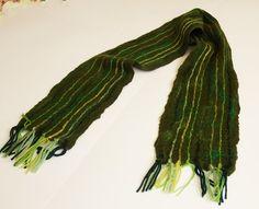Sciarpa di lana per uomo verde feltrata regalo di di Katrinmania