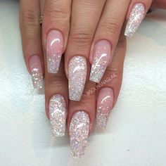 Normal length of course for but cute coffin nails glitter, bling nails, prom nails Sexy Nails, Hot Nails, Fancy Nails, Hair And Nails, Halographic Nails, Stiletto Nails, Ongles Bling Bling, Bling Nails, Gorgeous Nails