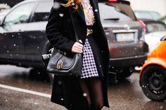 Fotos de street style en Milan Fashion Week: Detalles del look de Chiara Ferragni