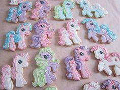 My Little Pony #Cookies by @Ebetys pinned by www.cookiecuttercompany.com