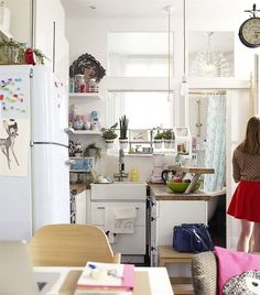 It seems there's nothing the French can't do stylishly — even decorate a micro living space. Parisian blogger and designer Éléonore Bridge turned her 377-square-foot apartment in the 11th arrondissement of Paris into a haven of inspired design.