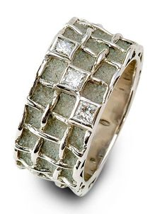 Ring in gold and concrete with diamonds by Patrice Fabre