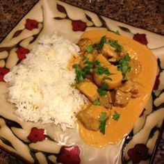 Butter chicken : sub 1 tbsp curry for tandoori masala. Sub tomato paste for sauce. Do light version per comments. No cayenne. Baked Chicken, Chicken Recipes, Chicken Sauce, Ginger Chicken, Chicken Meals, Tandoori Masala, Garam Masala, Tikki Masala, Indian Butter Chicken