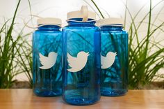 Over a million Americans quit Twitter in just three months Controversial presidential announcements and celebrity revenge porn are all in a days work for the social network everyone loves to hate. Now Twitter has announced its most recent financial results and things arent looking good for the microblog beloved by the leader of the free world.  On the money side Twitter managed to lose $116 million in the quarter a little more than the $107 million it lost this time last year. If you compare…