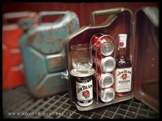 Jim Beam Propane Tank Art, Jerry Can Mini Bar, Jim Beam, Metal Projects, Weekend Projects, Bars For Home, Metal Working, Diy And Crafts, Alcohol